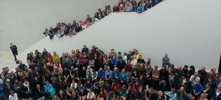 crowd-947557_1280.jpg