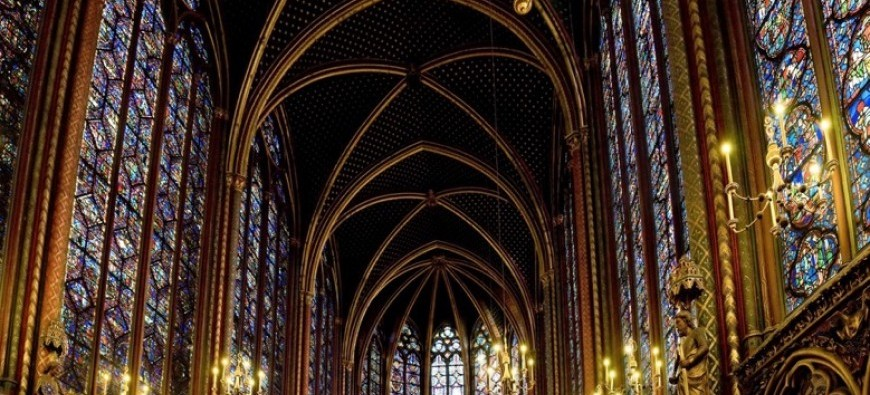 gothic_sainte_chapelle_cathedral.jpg